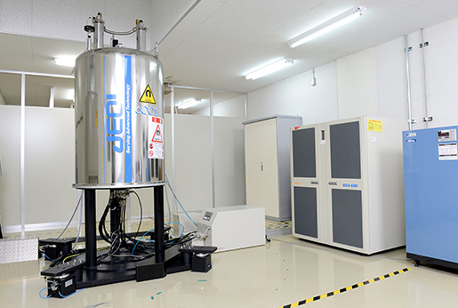Including JNM-ECA600, 5 units of JEOL's super conductive type NMR systems have been used by them.